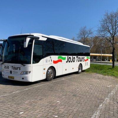 33-persoons Vipbus